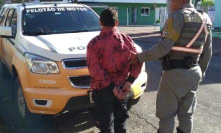 Homem é preso por divulgar barreiras policiais em rede social