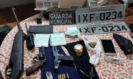 Brigada Militar prende dupla envolvida em roubo de carros em Cachoeirinha
