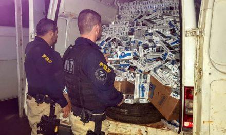 Polícia Rodoviária apreende cerca de 200 mil maços de cigarro contrabandeados