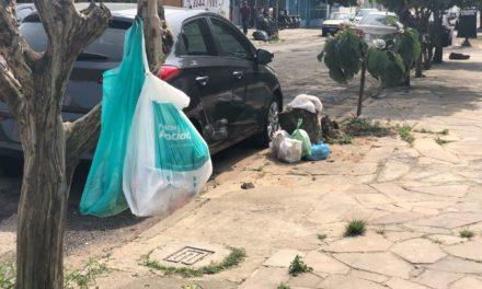 Alvorada está há 5 dias sem coleta de lixo