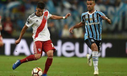 Grêmio perde de virada e está fora da Libertadores