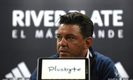 Conmebol pune apenas Gallardo e River fará a final contra o Boca