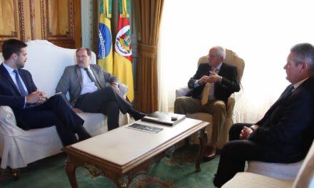 Jose Ivo Sartori e Eduardo Leite realizam o primeiro encontro oficial no Piratini