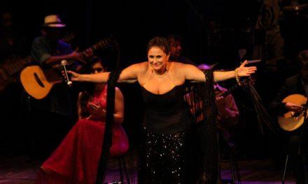 Fafá de Belém canta em Porto Alegre