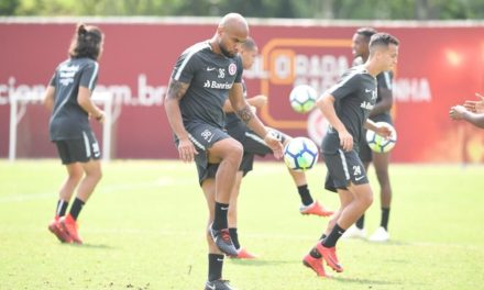 Inter lidera seleção do Brasileirão do Esporte Interativo