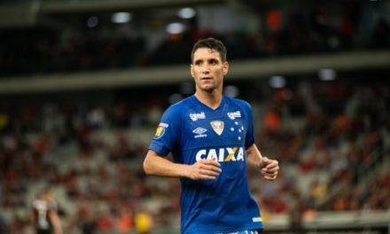 1ce11db90f Grêmio encaminha reclamação à Conmebol. 31 de outubro de 2018. Renato pode  ser o trunfo para contratar Thiago Neves