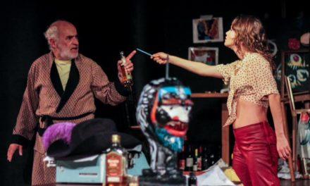Peça sobre Charles Bukowski estreia no Porto Verão Alegre