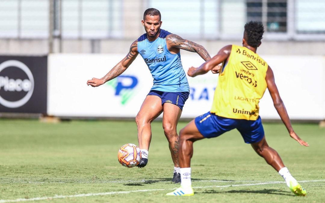 Grêmio confirma que recebeu proposta por Jael