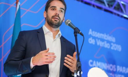Eduardo Leite promete repasse de R$65 milhões a hospitais e municípios