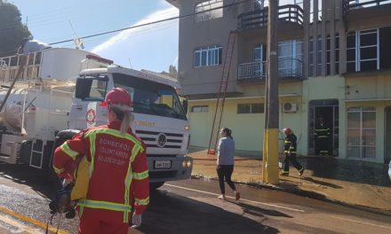 Mulher e criança morrem em incêndio na região norte do RS
