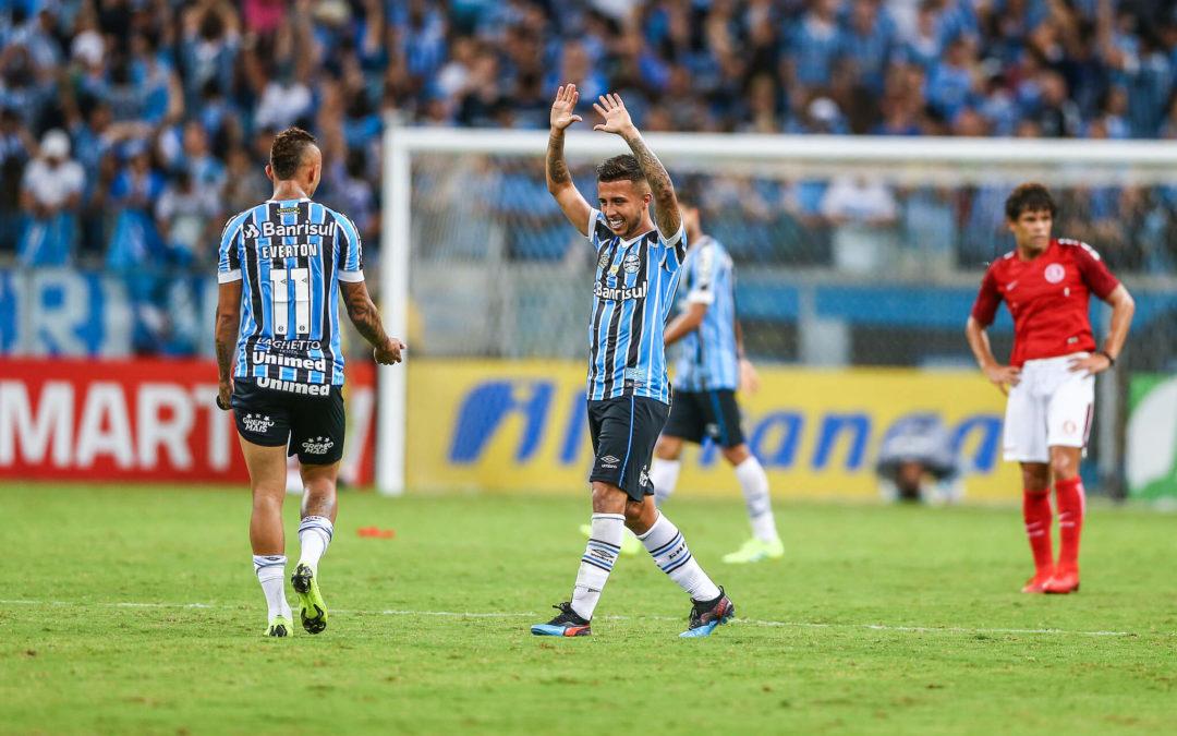 Jogador do Grêmio diz ter levado soco e cotovelada de dois jogadores do Inter