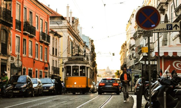 Após 18 meses, Portugal revoga proibição de viagens a turistas do Brasil